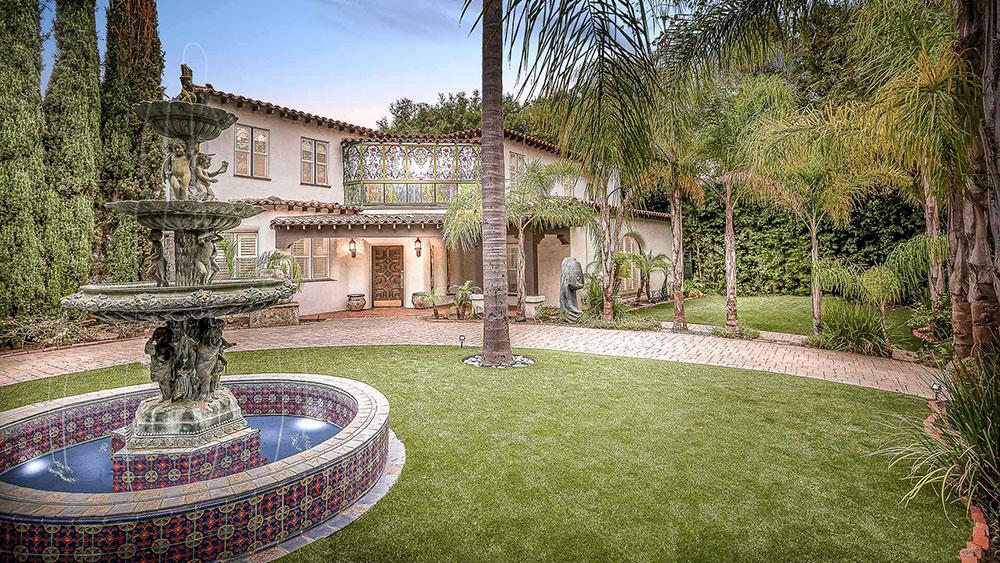 Real Estate, Los Angeles