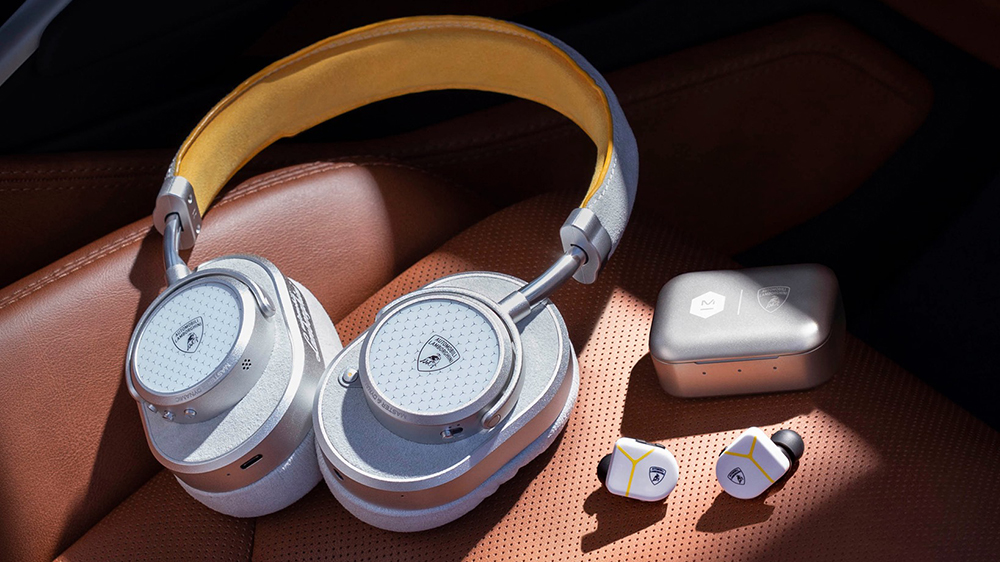Master & Dynamic x Automobili Lamborghini MW65 wireless over-ear headphones and MW07 Plus inner-ear headphones.