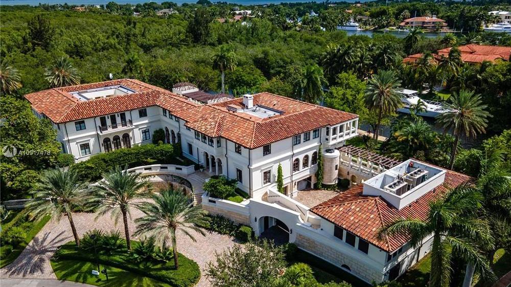 Marc Anthony's Florida Mansion