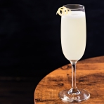 Refreshing French 75 Cocktail