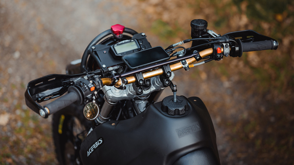 Gorm Taube Honda NX650 Dominator