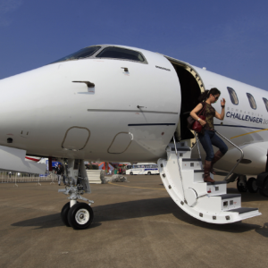 A new website in private aviation helps newcomers find jet cards
