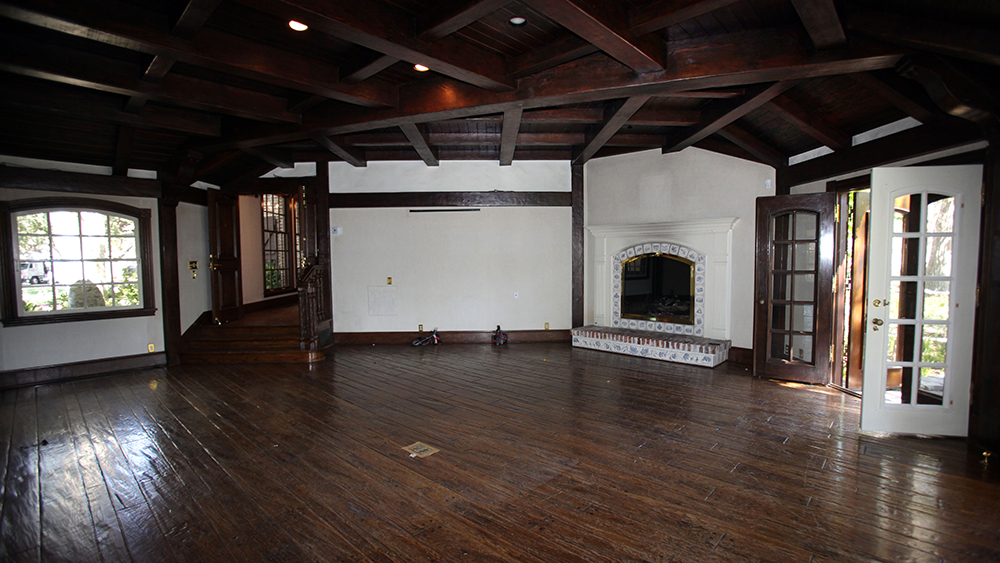 The master bedroom in the main house that was once used by Michael Jackson is seen at Neverland Ranch in Los Olivos, Calif., Thursday, July 2, 2009. (AP Photo/Carolyn Kaster)