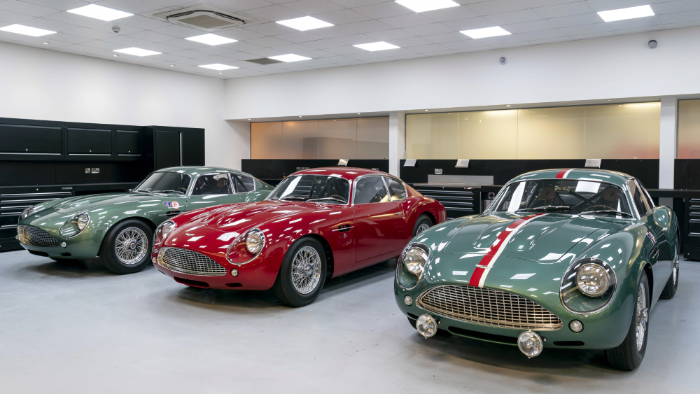 Aston Martin DB4 GT Zagato continuations