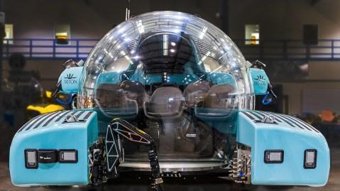Triton 3300-6 Submarine