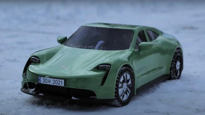 3D Sanago's Porsche Taycan model