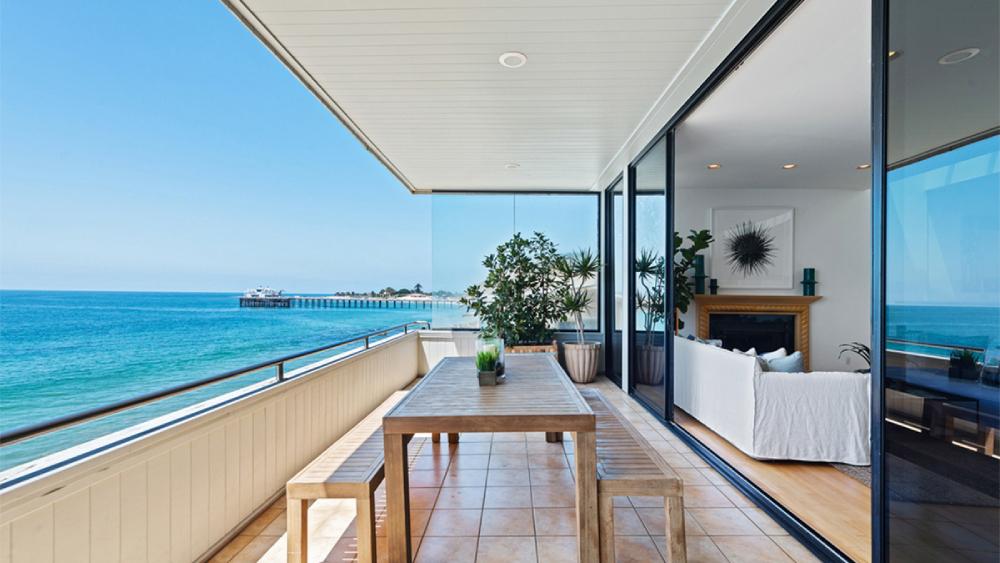 Gal Gadot Malibu penthouse