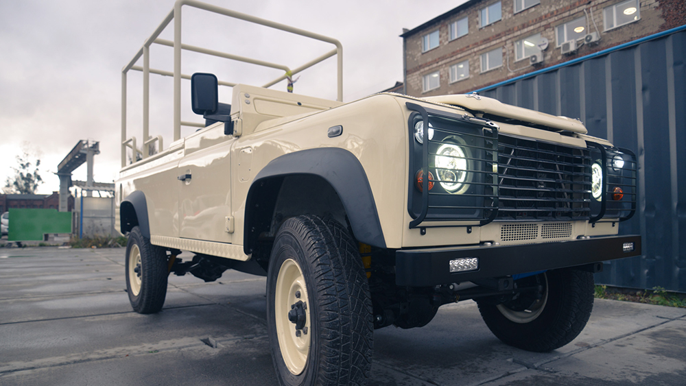 Sunreef Yachts Custom Defender