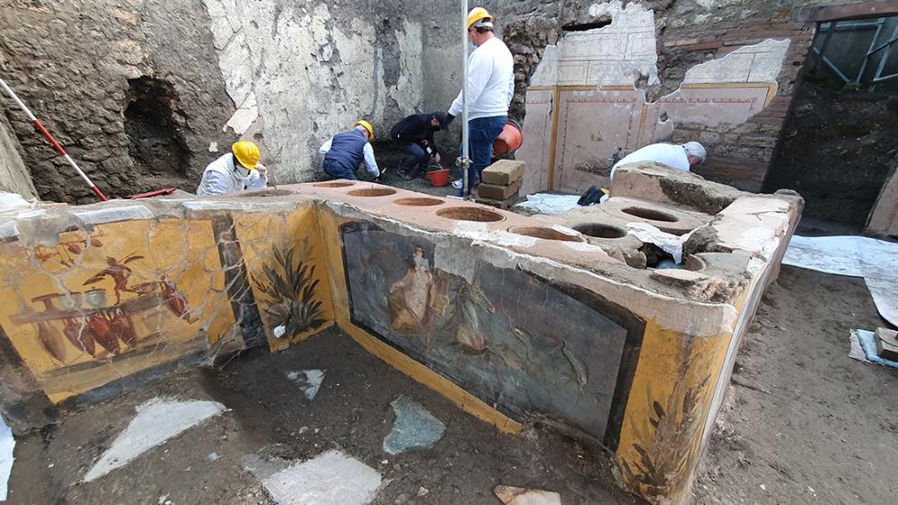 Pompeii snack bar