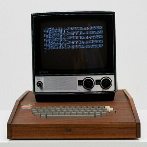 Original Apple-1 computer system with Sony-TV115 monitor