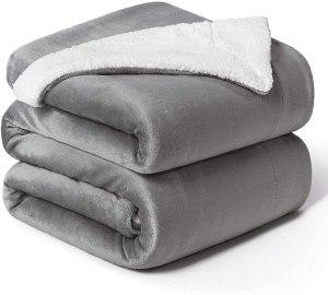 Bedsure King-Size Fleece Sherpa Blanket