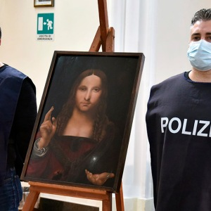Italian police have recovered a stolen copy of Leonardo da Vinci's 'Salvator Mundi'