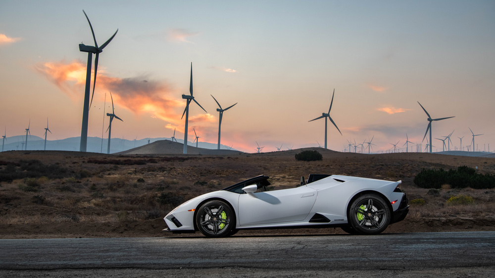 The Lamborghini Huracán Evo RWD Spyder.