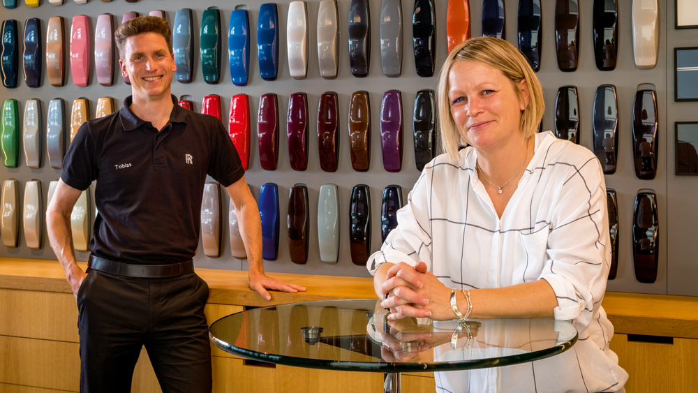 Tobias Sicheneder (left) and Sami Coultas (right) are in charge of vehicle color at Rolls-Royce Motor Cars.