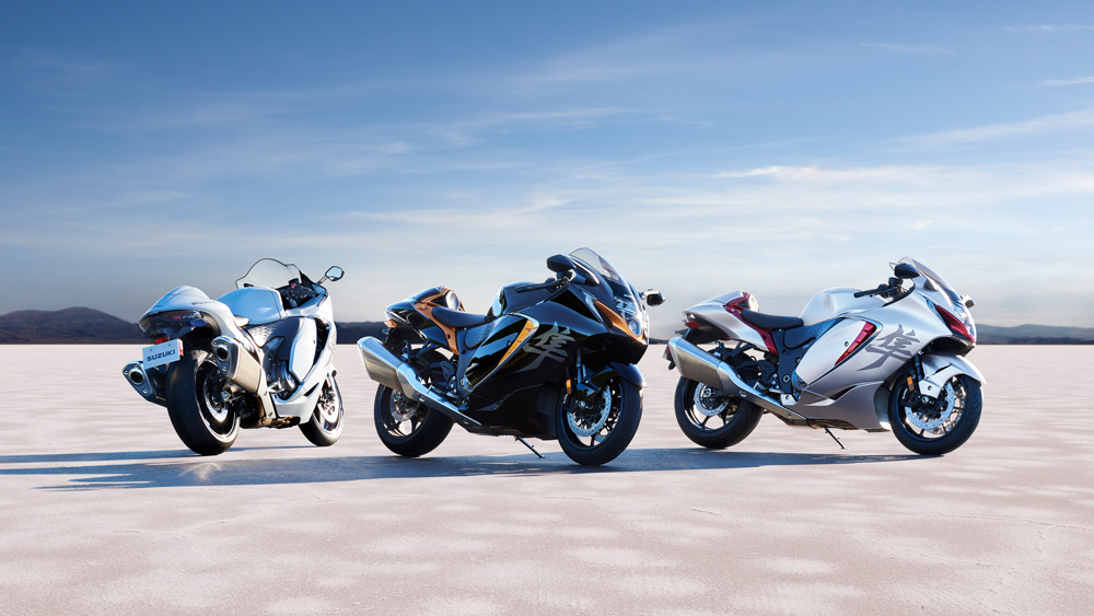 The three color options for the 2022 Suzuki Hayabusa motorcycle.