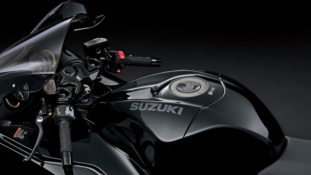 A detail of the 2022 Suzuki Hayabusa motorcycle.