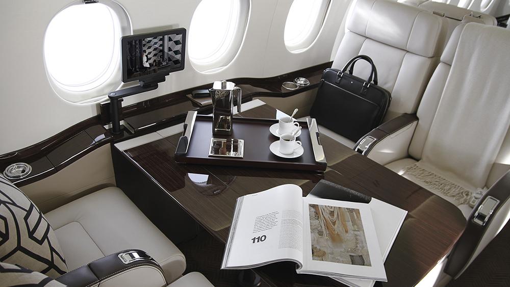 2000LXS Wide body cabin
