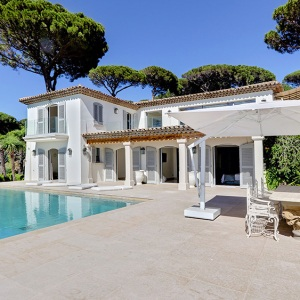St Tropez estate