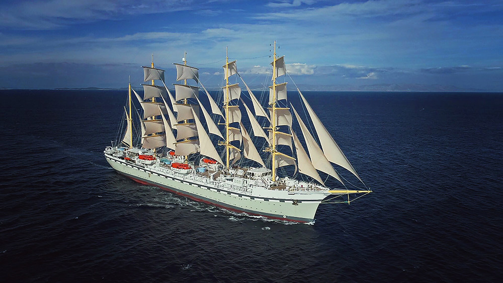 Golden Horizon, the world's largest square-rigged sailing ship