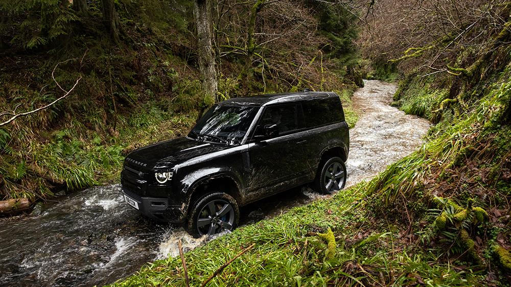 2022 Land Rover Defender V8 90