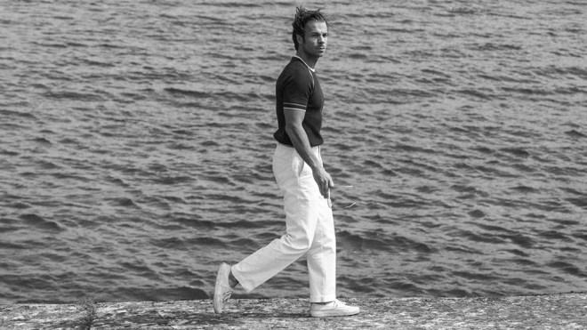 A model in Casatlantic trousers.
