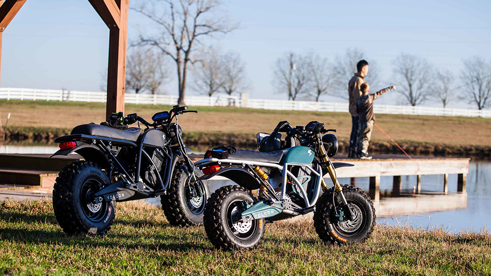 The Volcon Runt electric motorcycle (right) alongside the full-size Grunt