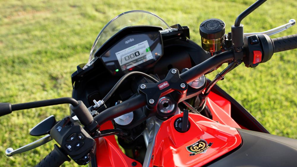 An Aprilia Tuono 660 motorcycle.