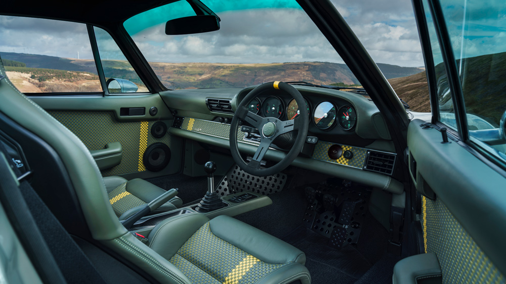 A look inside one of Theon Design's reenvisioned Porsche 911 examples.
