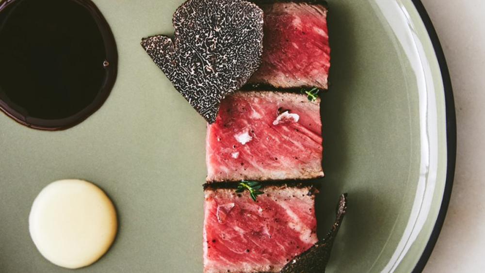 steak truffle onion cream