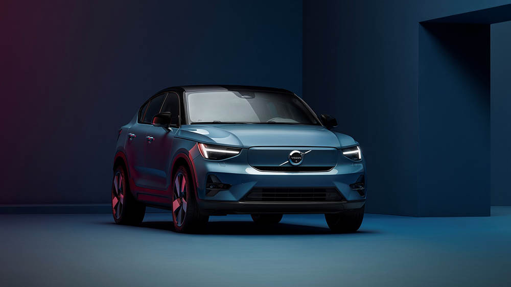 Volvo Unveils Its Second EV and Pledges to Go All-Electric by 2030