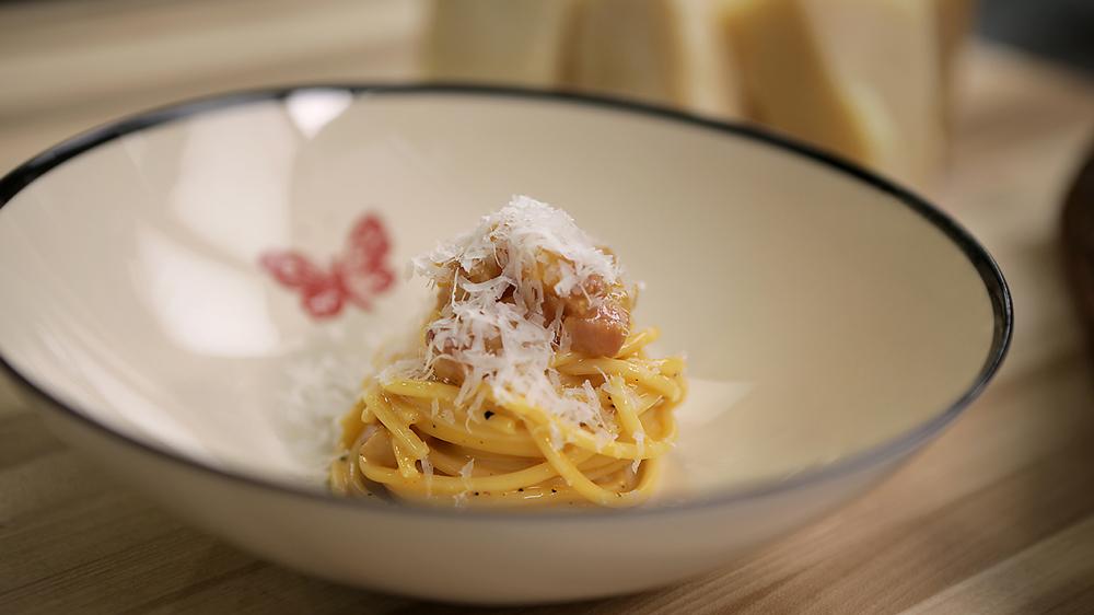carbonara alla spaghetti osteria gucci
