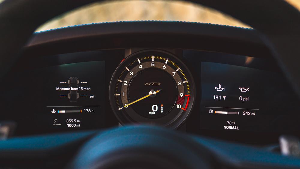 The tachometer inside a 2022 Porsche 911 GT3.