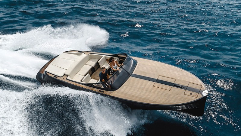 VitaX Electrix is a stylish superyacht tender that can reach 37 mph.