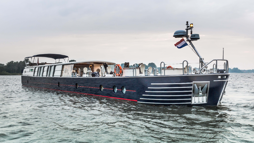 Savvy is a 97-foot canal barge with a superyacht interior and exceptional ride