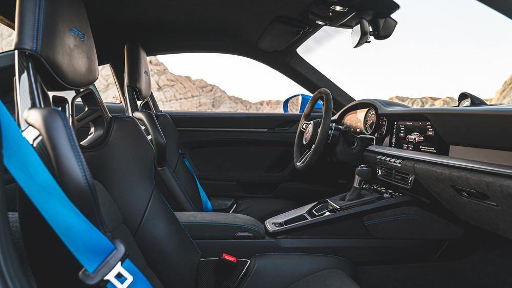 The interior of a 2022 Porsche 911 GT3.