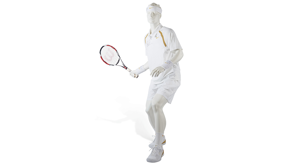The outfit and racket from the Wimbledon finals that Federer played against Rafael Nadal in 2007
