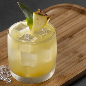 pisco punch pineapple garnish rocks glass