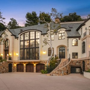 2650 Benedict Canyon Dr, Beverly Hills