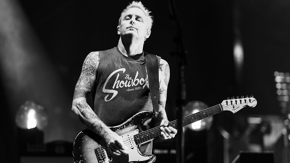 Mike McCready and his signature Fender Stratocaster