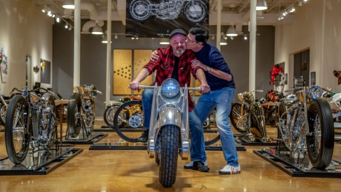Bobby Haas shows his appreciation to bike-builder Craig Rodsmith, seated on his 2019 custom named the killer.