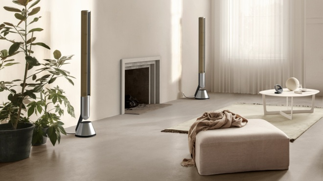 A pair of Bang & Olufsen's Beolab 28 loudspeakers set in a living room.
