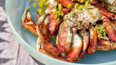 grilled dungeness crab fennel pollen