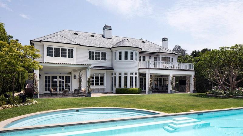 LeBron James's Brentwood Park Mansion