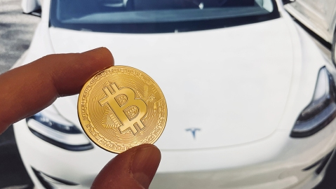 Elon Musk suspends Tesla purchases with bitcoin.