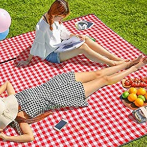 The Best Picnic Blankets on Amazon