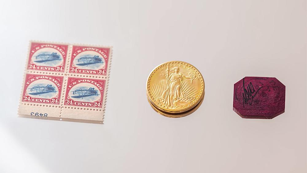 "Sotheby's ""Three Treasures"" auction"