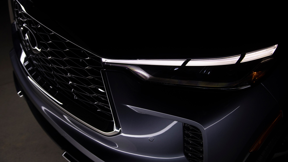 The headlight configuration on the 2022 Infiniti QX60.