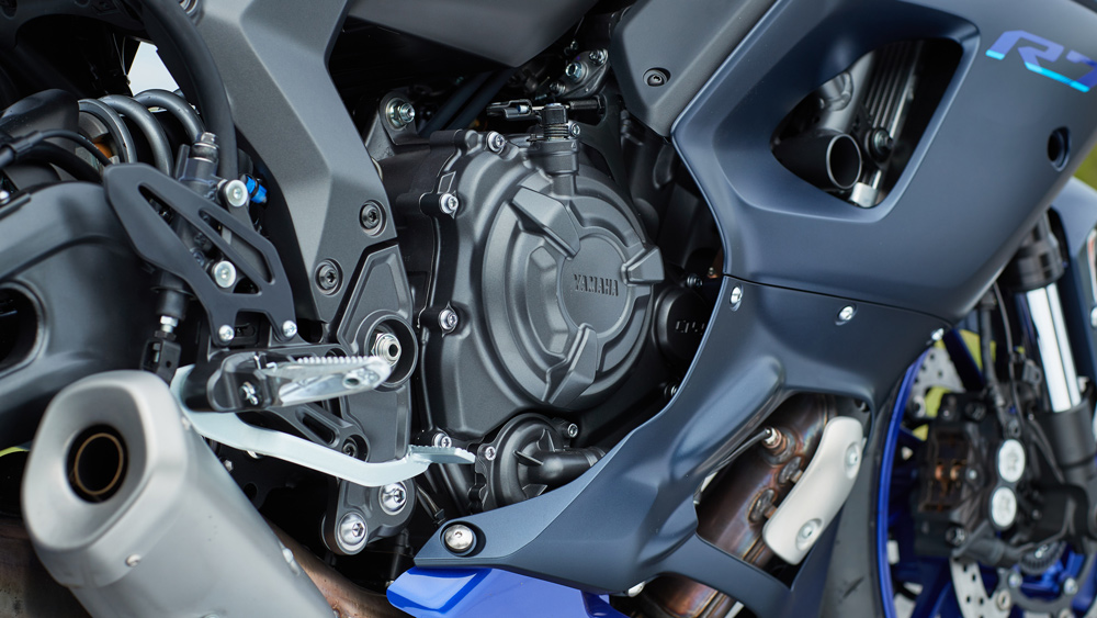 A closer look at the 689 cc motor on the 2022 Yamaha YZF-R7 motorcycle.
