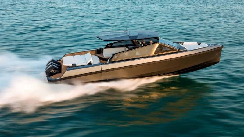 The WallytenderX is a new, stylish outboard-powered day boat that can reach 50 knots.