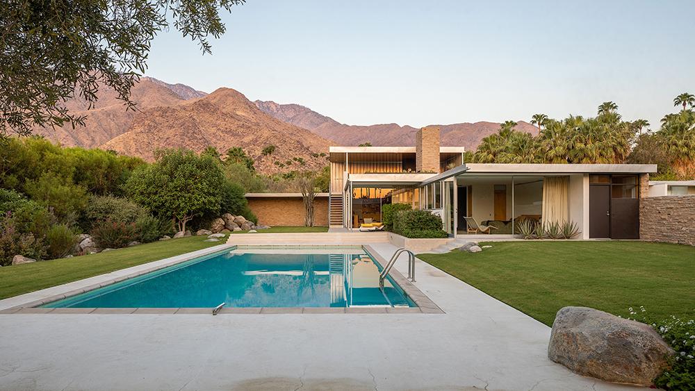 Kaufmann House in Palm Springs